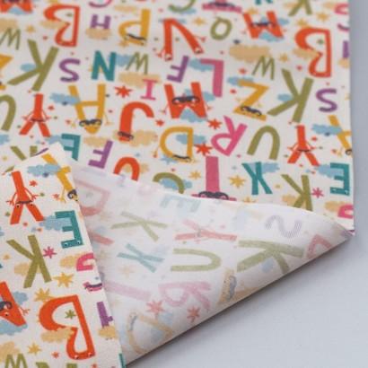 Tela de algodón con letras reves