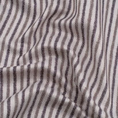 Tela de loneta rayas grises arrugada