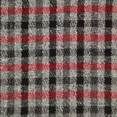Tela de paño cuadro negro, gris y rojo 1