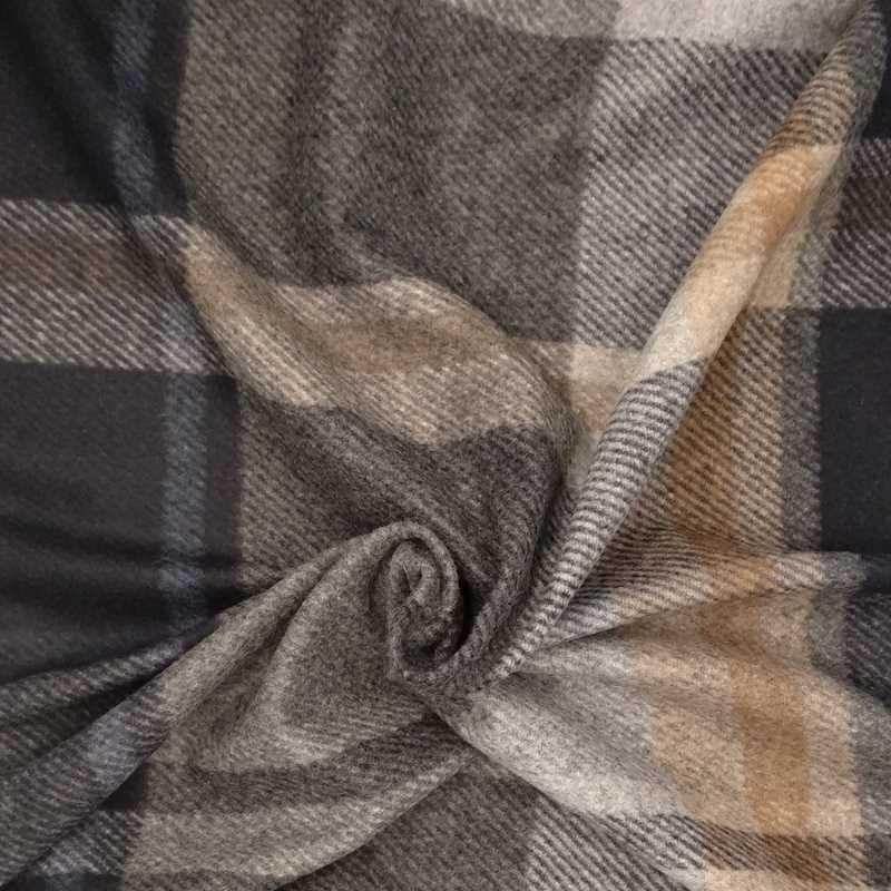 Tela de paño cuadros grandes azul, crudo y gris arrugada