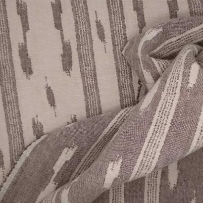 Tela de algodón reversible manchas beis y crudo arrugada