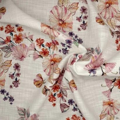 Tela de algodón blanca flores rosas, naranjas y moradas arrugada