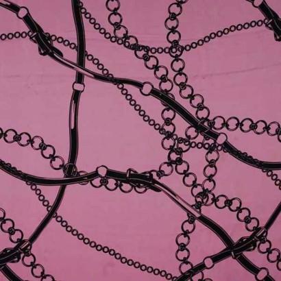 Tela de seda rosa con cadenas negras