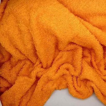 Tela de rizo naranja arrugada