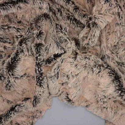 Tela de pelo corto claro arrugada
