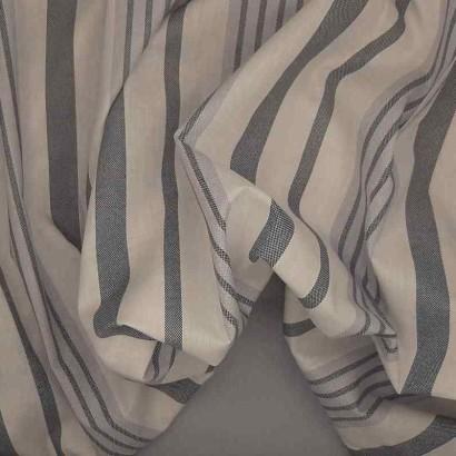 Tela de sábana raya gruesa azul arrugada