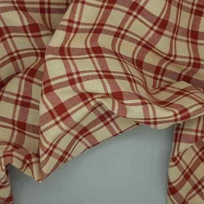 Tela de loneta cuadros dobles roja arrugada