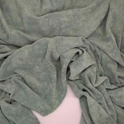 Tela de toalla fina verde arrugada