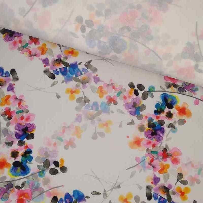Tela de crepé blanca con flores vivas lomo