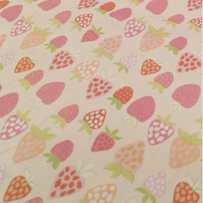 Tela de algodón con fresas lisa