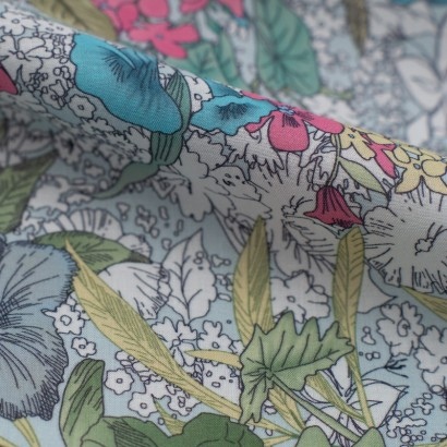 Tela de algodón flores tropicales detalle