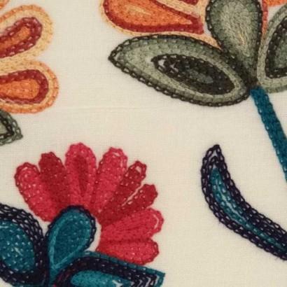 Tela de algodón bordado 3