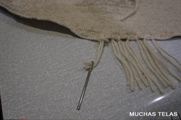 Poncho Isabel De La Fuente